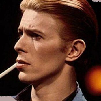 Γιατί ο David Bowie κουβαλούσε μαζί του μια ελληνική εφημερίδα;